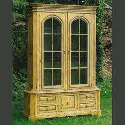 Cabinets & Hutches